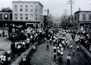 Bayonne_Standard_Oil_Strike_of_1915__evening_after_battle_of_July_22__1915